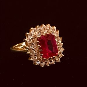 Vintage Garnet Rhinestone Electro Gold Ring
